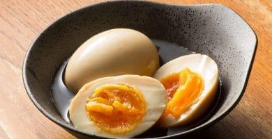 huevos marinados soja, ramen, huevos para ramen