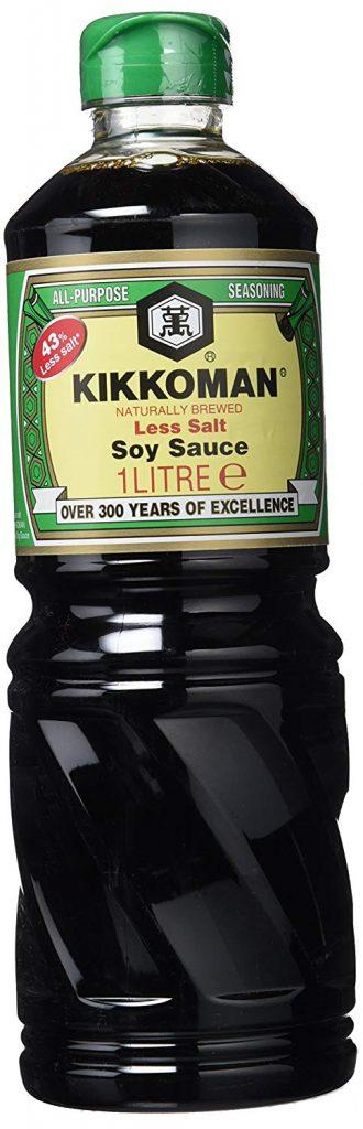 Salsa de soja Kikkoman baja en sal